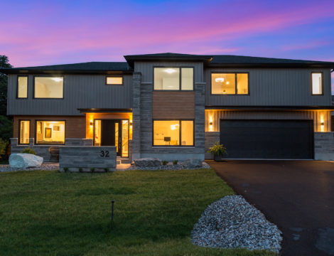 Photo of 32 Canter – Stunning Custom Built, 5 Bed, 4 Bath Home on a Large Lot