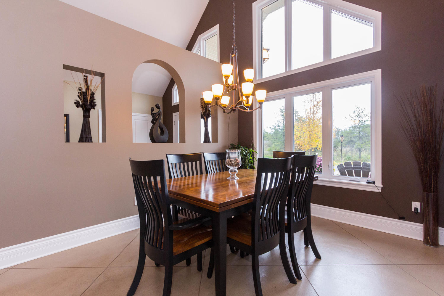 Dining area that can fit just about any sized table you have!  Floor to ceiling windows to allow for a load of natural light to flood through.