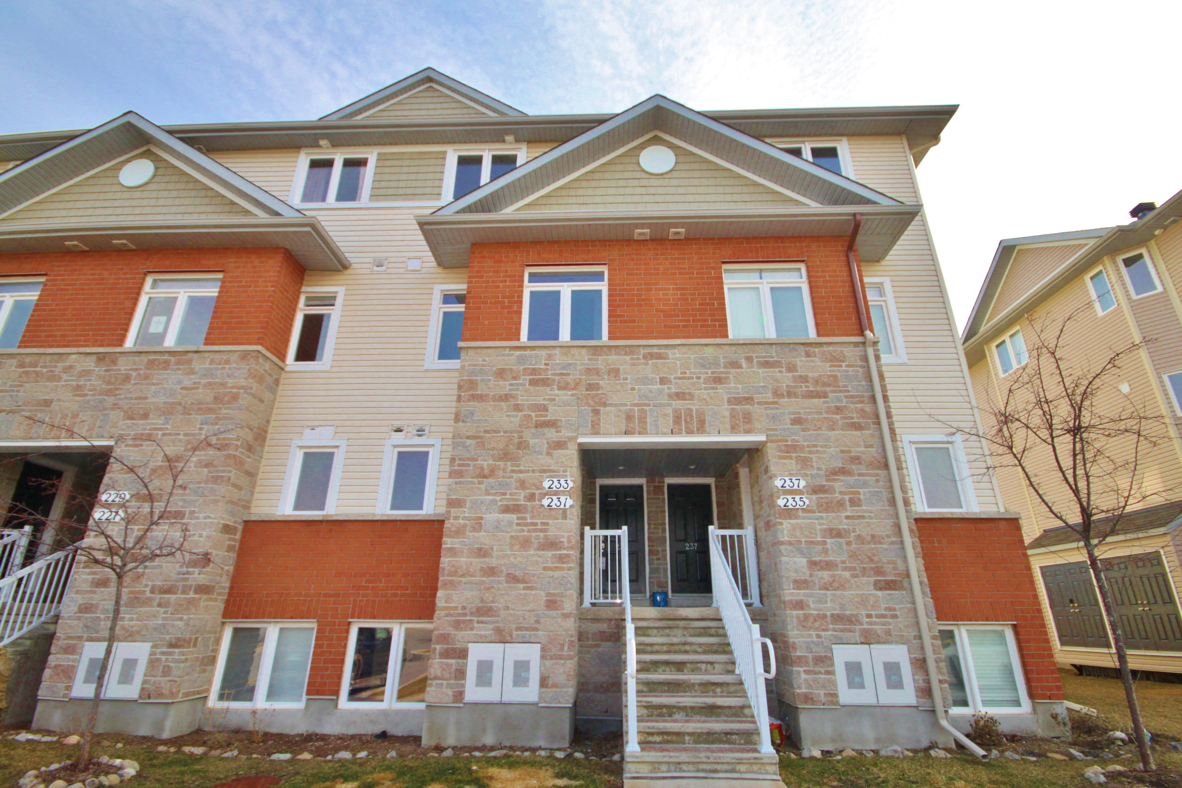 A beautiful 2 storey, 2 bedroom, 2 bathroom townhome that is 2 good of a price to pass up
