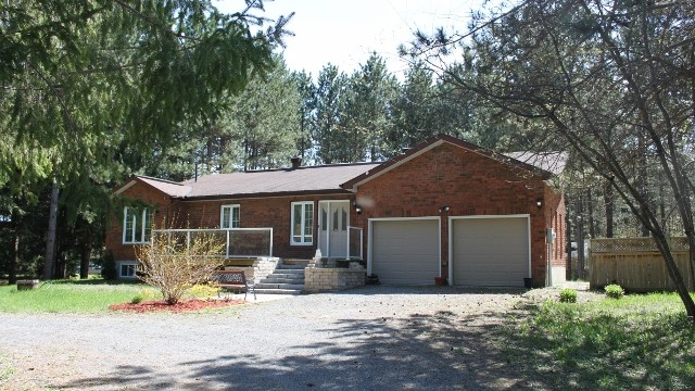 Photo of ***SOLD*** Gorgeous Custom Country Home On a Large Mature Lot