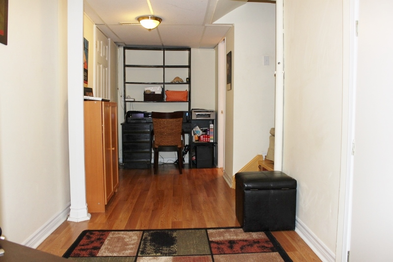 Good living space for a teen or possible tenant