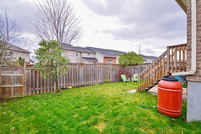 Great sized yard, perfect for BBQ's, entertaining, and the kids to run and play.