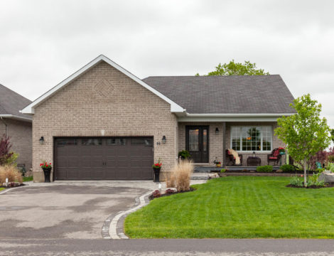 Photo of ***SOLD***64 Christie Lane – Country Living with City Luxuries