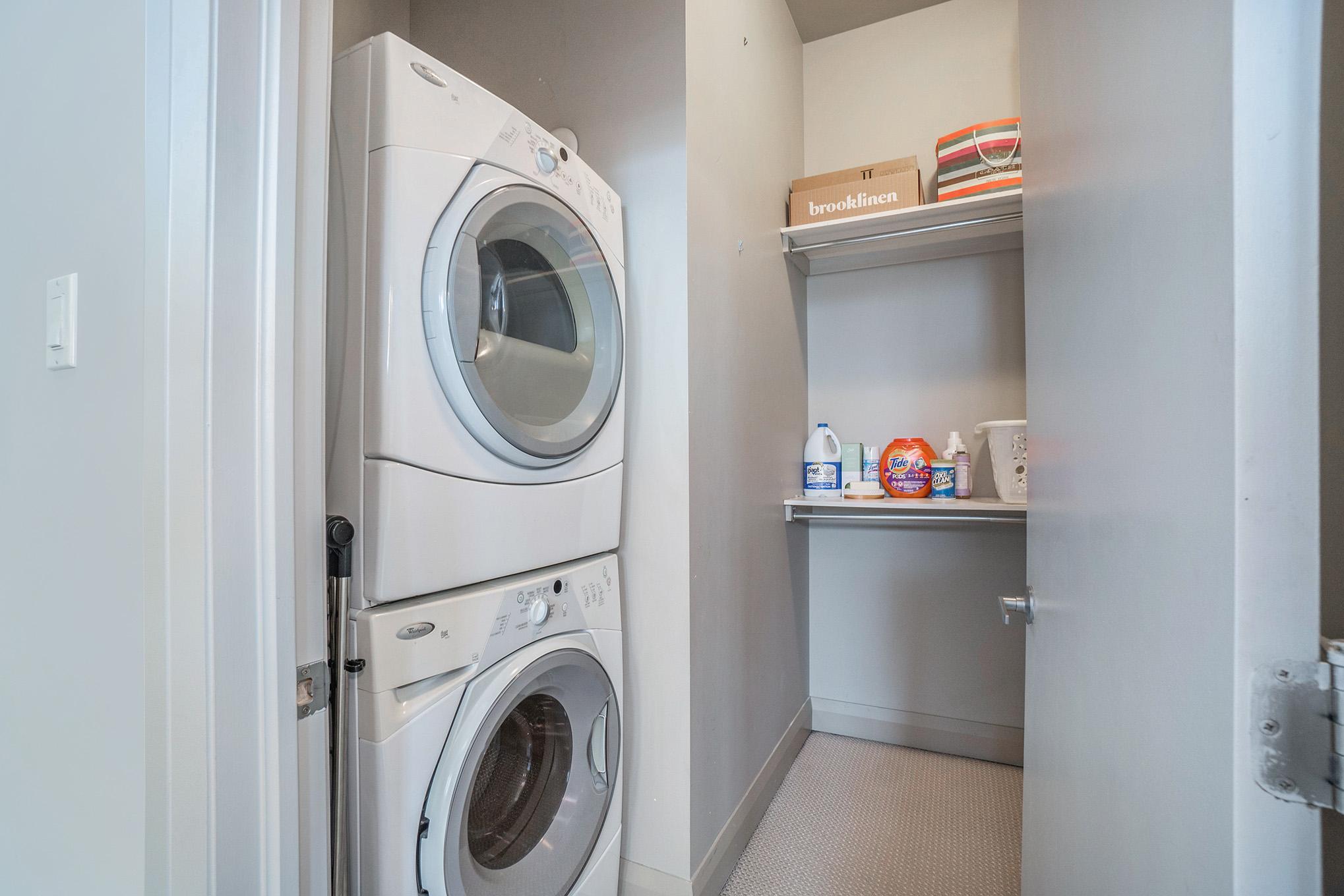 Laundry on 2nd level and large walkin closet