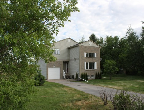 Photo of ***SOLD***Beautiful Home on a Large Lot in a Country Like Setting