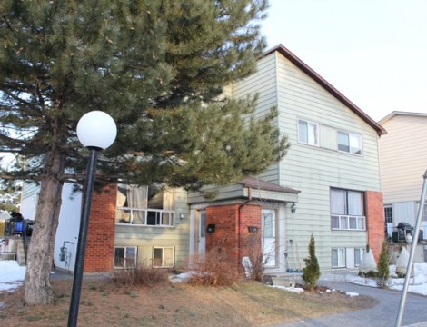 Photo of ***SOLD***  Nicely Updated Townhome, Perfect for 1st Time Buyers