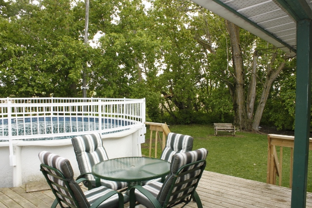 Large Deck, Large Above Ground Pool, Lots of Space for those Get Togethers