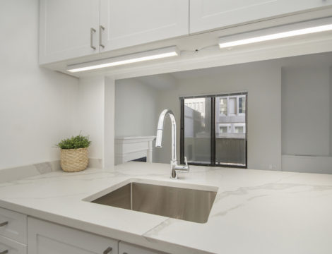 Photo of ***SOLD***202-199 Kent Street – Fully Reno'd 1 Bed, 1 Bath Unit in the Heart Of Centretown.